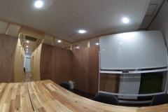 会議室(定員6名)